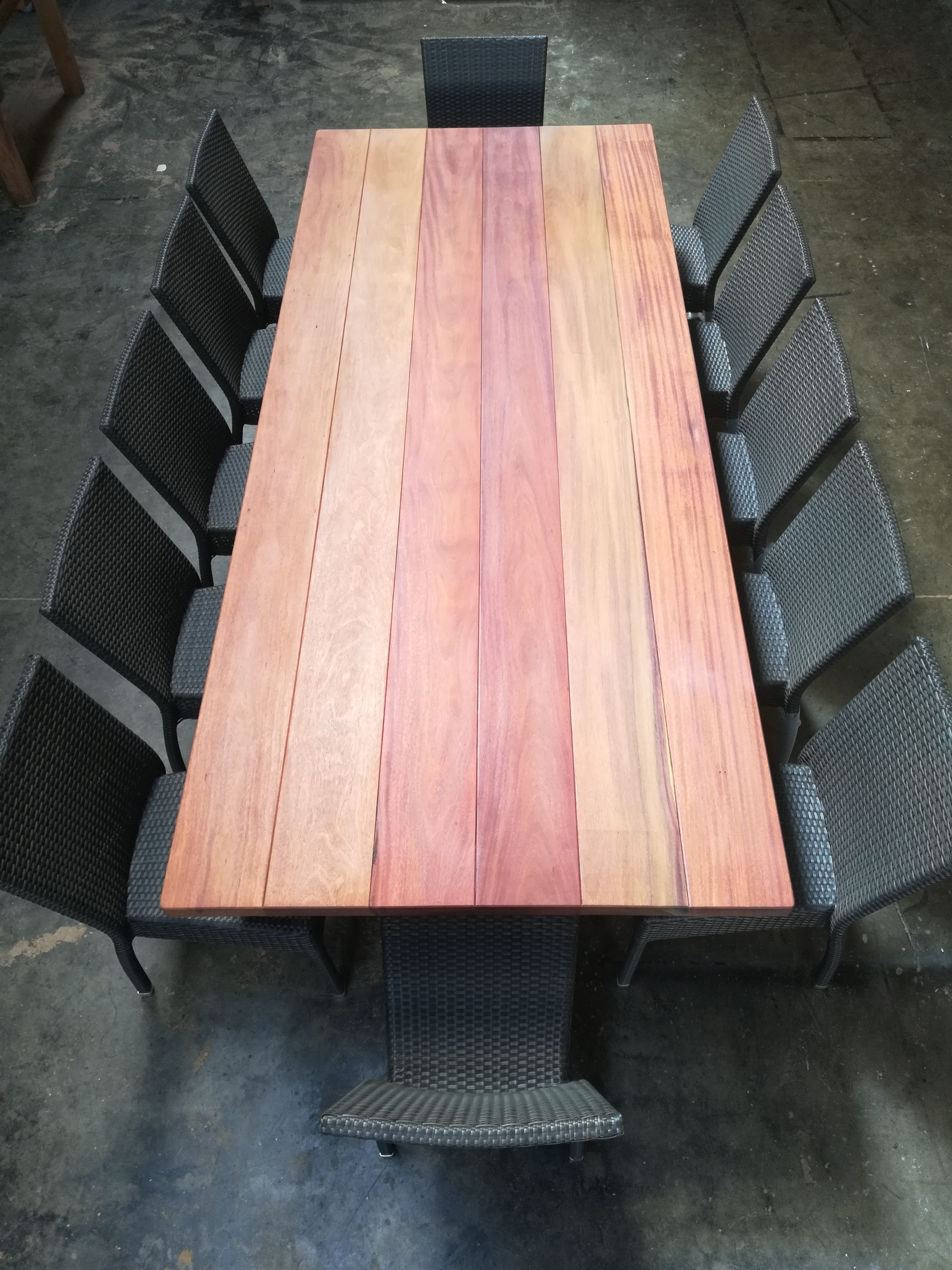 Binx Timber Table